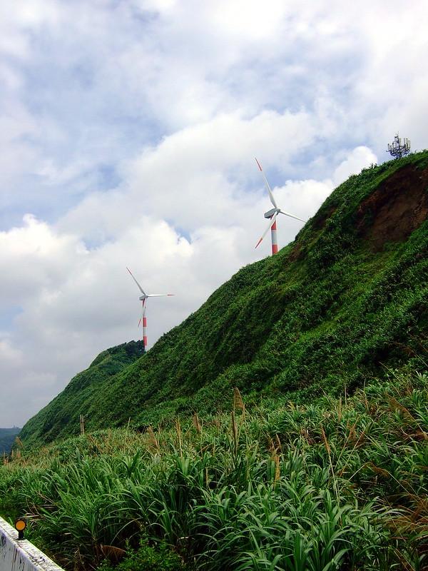 石門風力發電廠附近