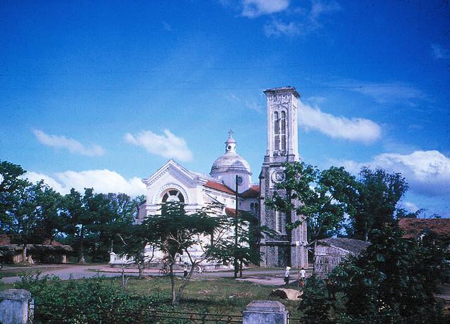 Saigon 1965 - Nhà thờ Hạnh Thông Tây Gò Vấp