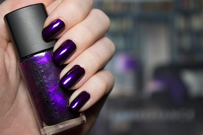 Rococo No Shrinking Violet