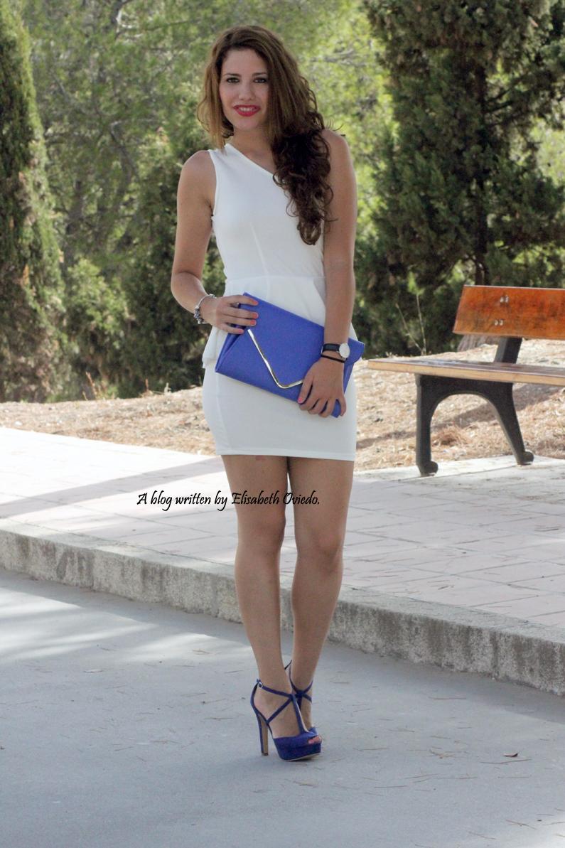 Zapatos para vestido azul y blanco