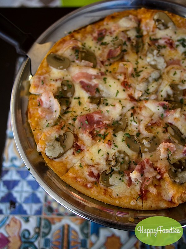 Bacon and Mushroom Pizza (Php 248)