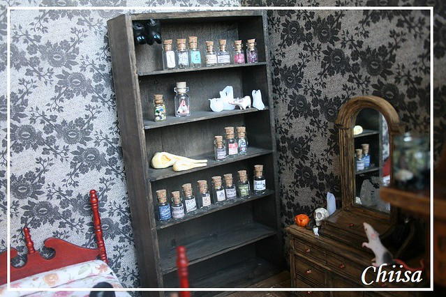 Dollhouse et Diorama de Chiisa - Photos diorama Alice (p7) - Page 3 14794100342_51f41da0ef_z
