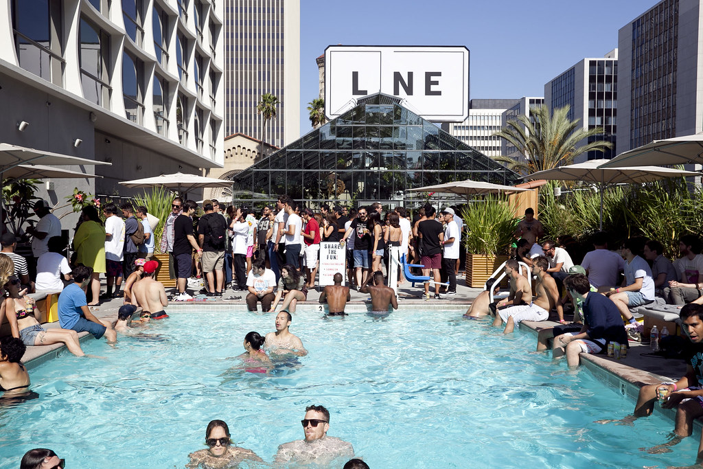 The Line Hotel poketo blog – recap: mndsgn pool party at the line hotel