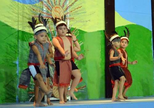 Linggo-ng-Wika-Igorot,Igorot-costume