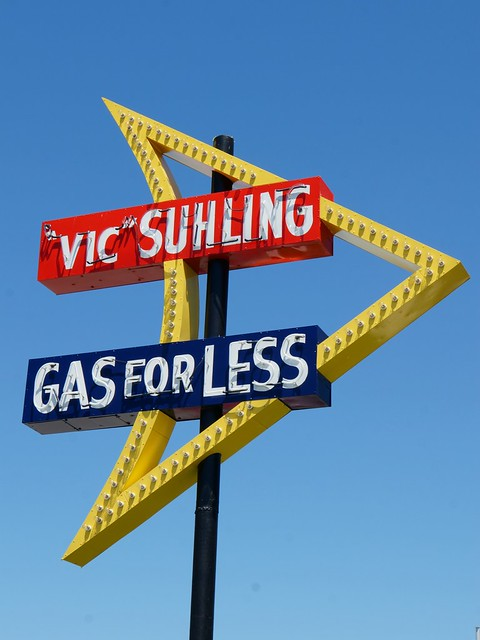 "Restored ""Vic"" Suhling Neon Sign - Route 66, Litchfield, Illinois"