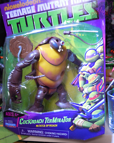 Nickelodeon  TEENAGE MUTANT NINJA TURTLES :: COCKROACH TERMINATOR V.2 ii (( 2014 ))