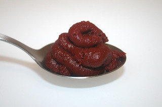 03 - Zutat Tomatenmark / Ingredient tomato puree