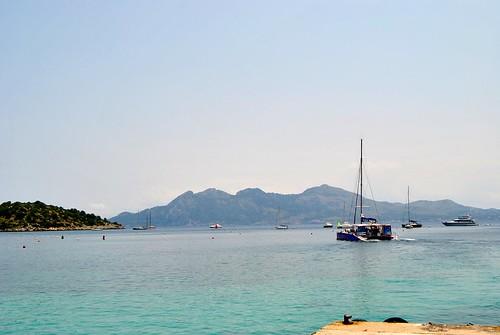 Excursión en Catamarán por la bahía de Pollença con ClickMallorca.