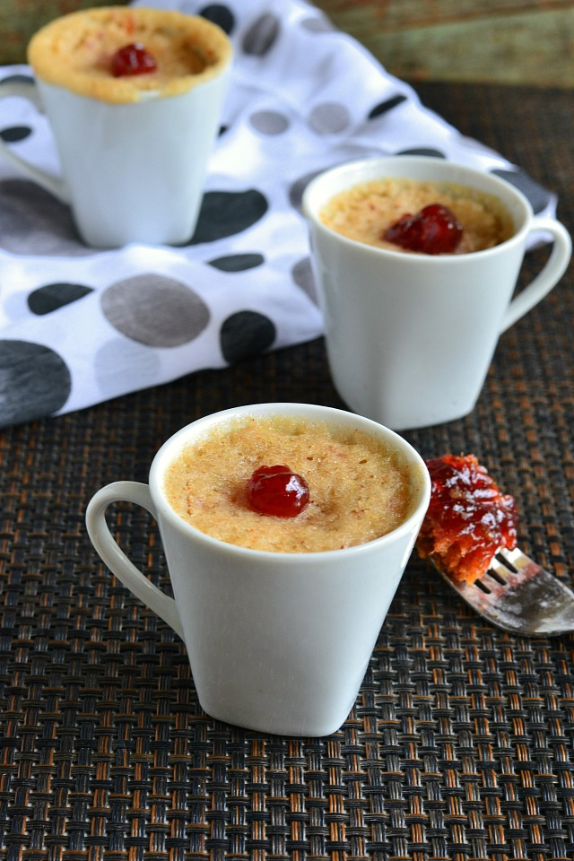Eggless Microwave Mug Cake Recipe