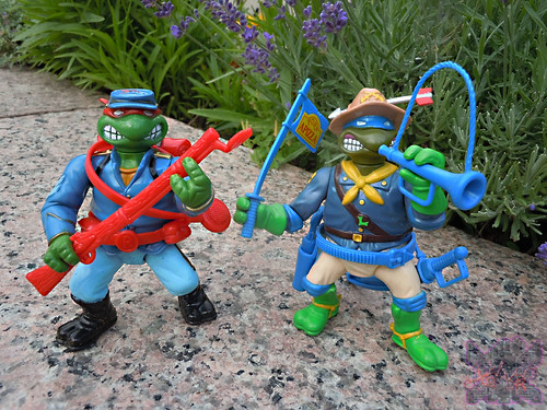 """MUTANT MILITARY 2"" TEENAGE MUTANT NINJA TURTLES ::  YANKEE DOODLE RAPH  x // ..with MM2 ""Kookie Kavalry Leo"" '92  (( 1992 ))"