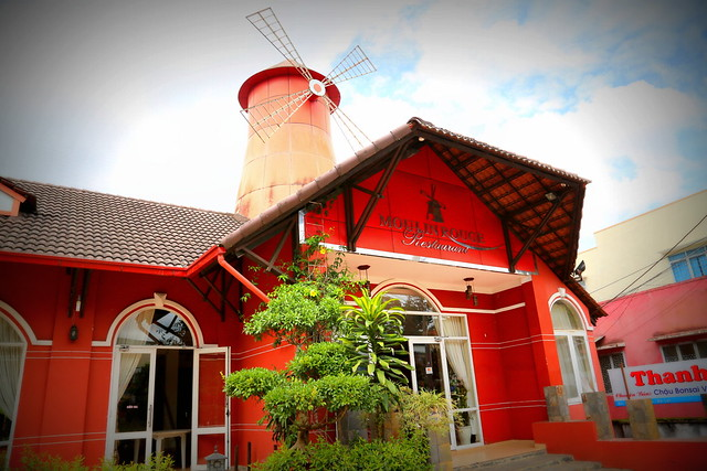 Yes, Da Lat has its own Moulin Rouge, complete with windmill