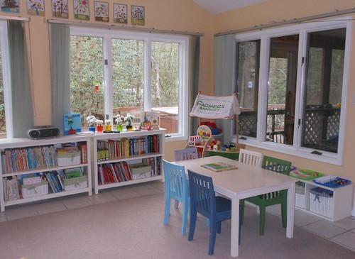Montessori Homeschool Classroom (Photo by Natural Beach Living)