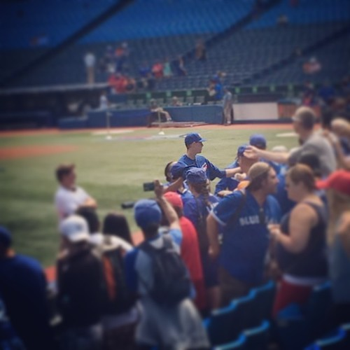 Couldn't help but smile as I watched this. 24 hours ago this guy (Aaron Sanchez) was a relative nobody. Today he's signing autographs. Wonder if he can believe it's real life. #pitcher #toronto #bluejays #baseball #MLB