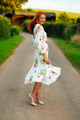 Vintage floral wrapover midi dress #summer