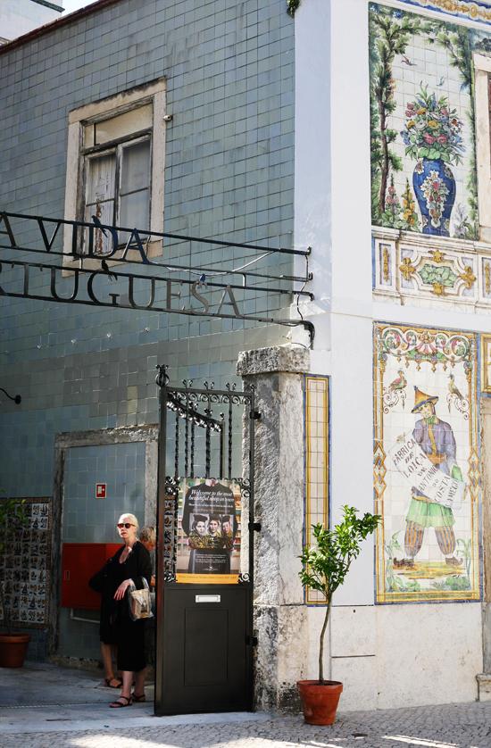a vida portuguesa, lisbon, portugal, liten