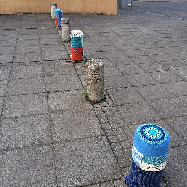 What did I do today? Oh, just a bit of #yarnbombing #yarngraffiti #yarnstorming #torgíbiðstöðu #vitatorg #reykjavík #iceland