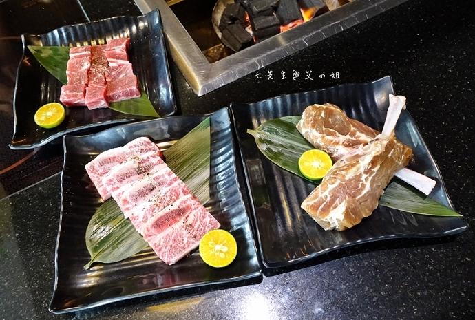 11 八田-頂級帝王蟹燒烤吃到飽