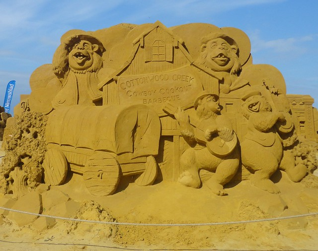 Sculpures sur sable Disney - News Touquet p.1 ! 14956620572_34ba9de63c_z