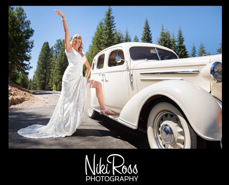 BrideShowGarterWithCar