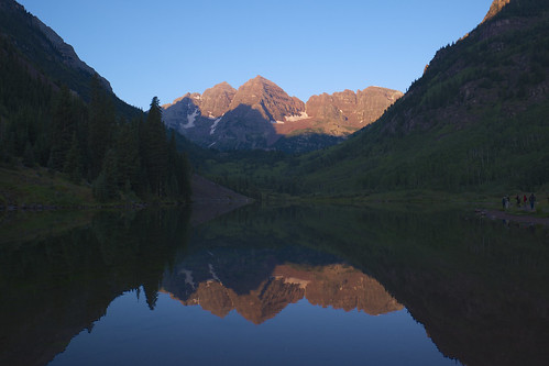 mountain lake reflection sunrise unitedstates co maroonbells