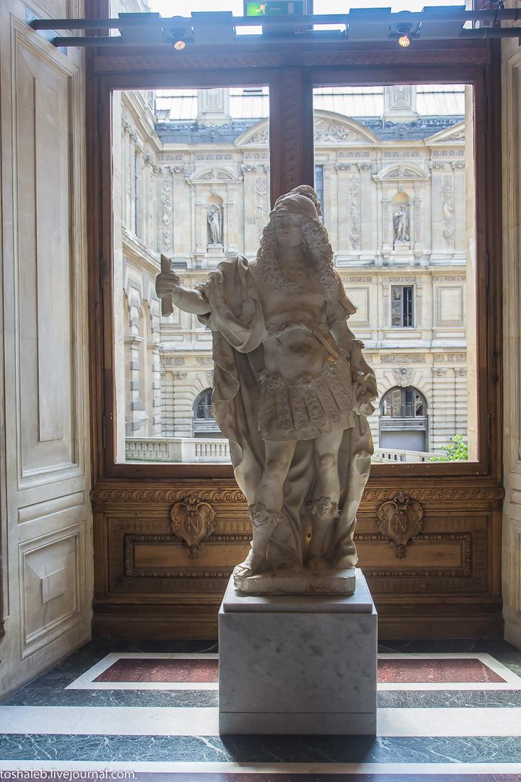 Louvre-50
