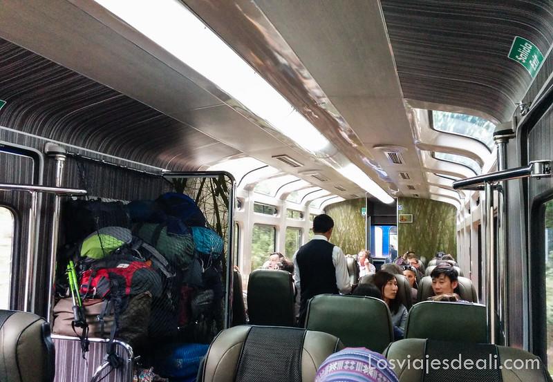 tren Aguascalientes en valle sagrado de los incas