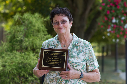Sociology professor receives national award for research in teaching, learning