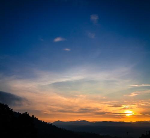 canonphotography eos60d efs1585mmf3556isusm colmartropicale berjayahillsresort pahang malaysia scenicsnotjustlandscapes sunrises golden creativecommons ccbyncnd
