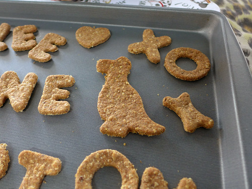 Carbs & Rec - Champion's Peanut Butter Oatmeal Birthday Biscuits (0008)