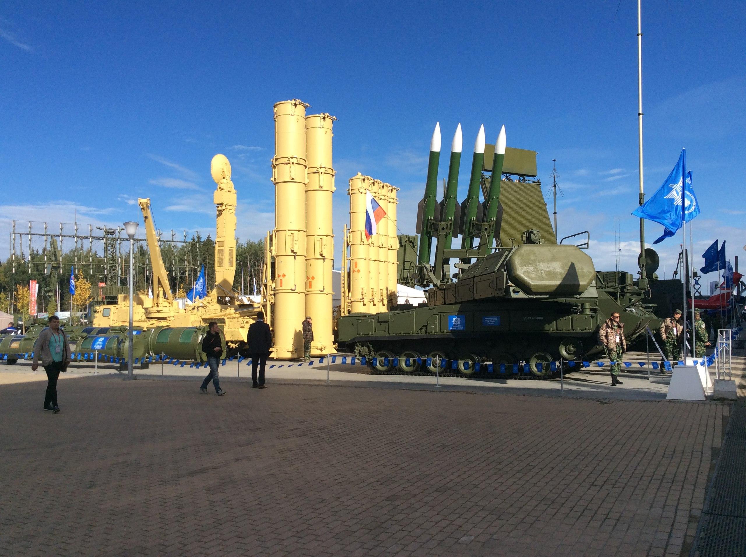 """مصر تتسلم منظومة صواريخ """"أس – 300 بي أم""""  - صفحة 5 32843880455_021b8082ff_o"""