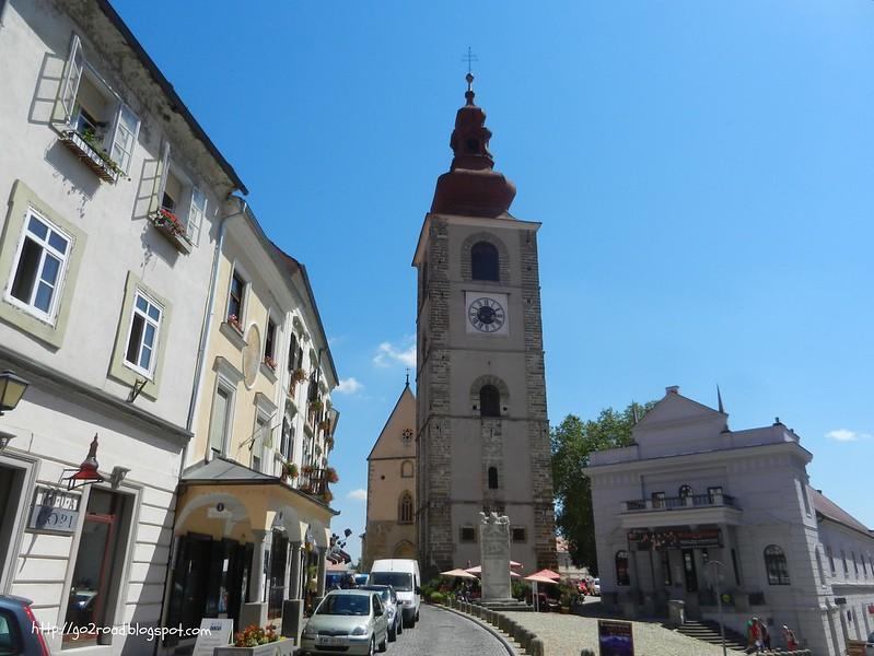 Церковь в городе Птуй
