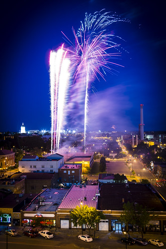 "fireworks ""Long Exposure"" night nocturne 2014 ""Columbia Missouri"" Columbia Missouri BoCoMo ""Boone County"" ""Boone County Missouri"" ""July 4th"" ""4th of July"" July ""downtown columbia"" Notley ""Notley Hawkins"" 10thavenue http://www.notleyhawkins.com/ ""Missouri Photography"" ""Notley Hawkins Photography"" ""Fire in the Sky"""