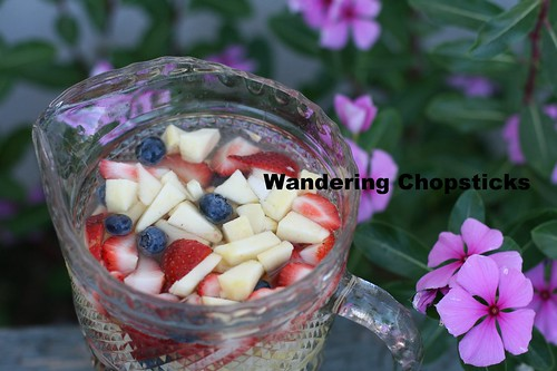 Red, White, and Blue White Wine Sangria 1