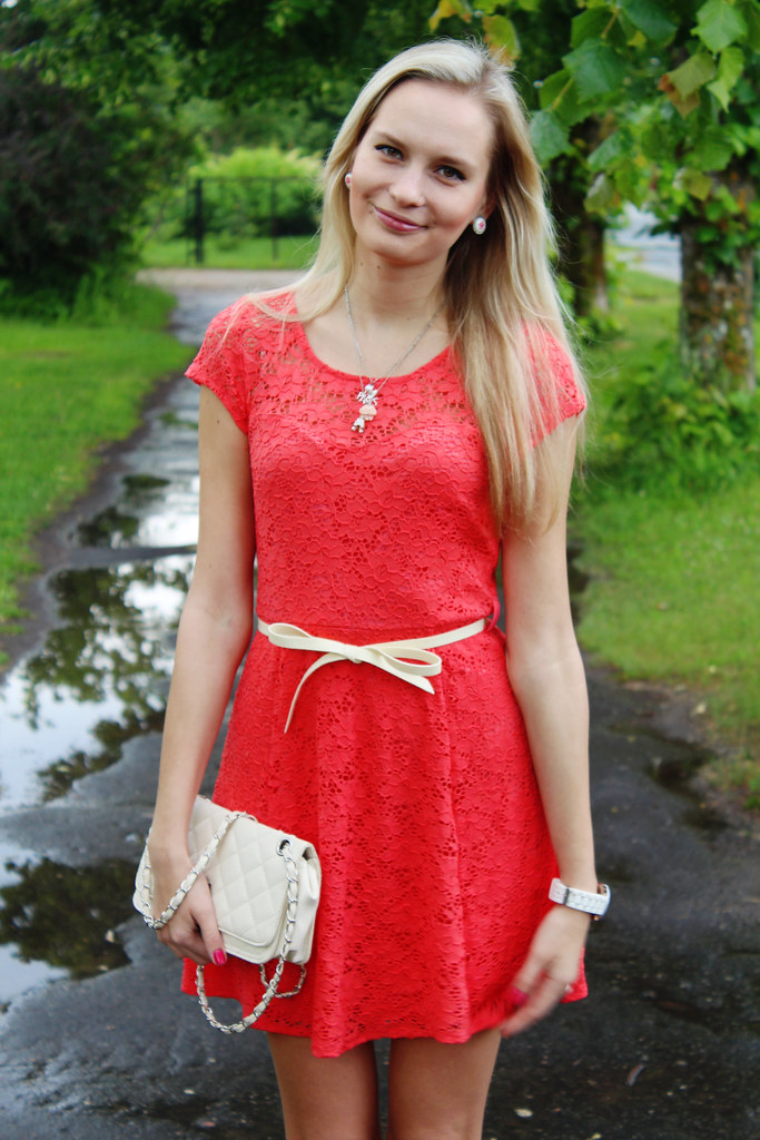 WalG-coral-color-dress-full-lace-review