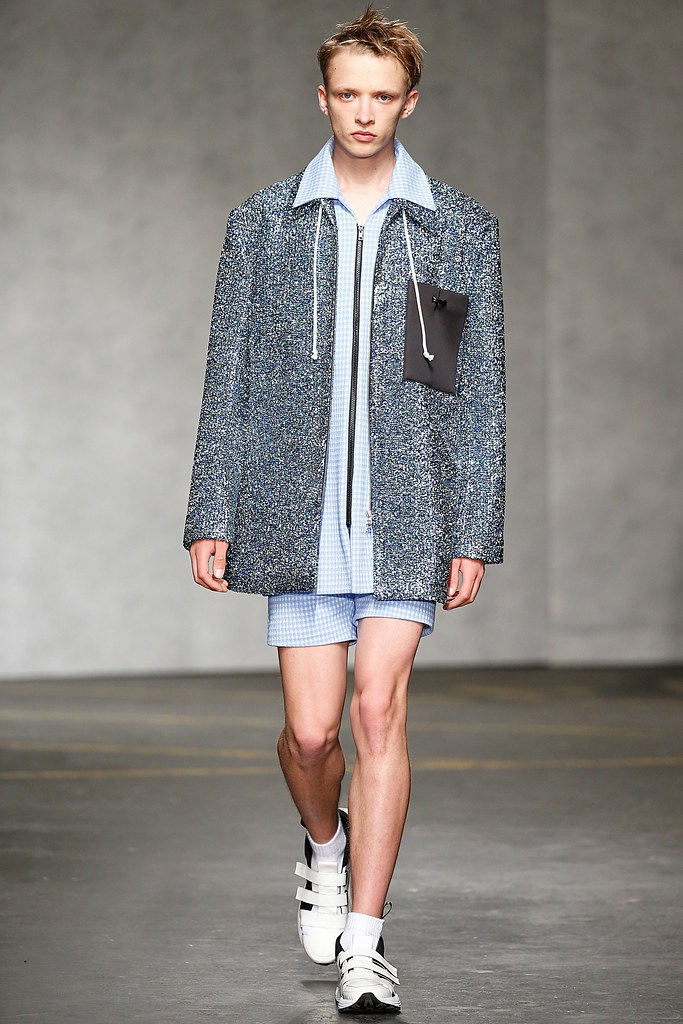 SS15 London Xander Zhou003_Valters Medenis(VOGUE)