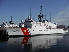 united states coast guard cutter, naval ship, fast attack craft, vehicle, ship, missile boat, frigate, patrol boat, destroyer, watercraft, warship, minesweeper,