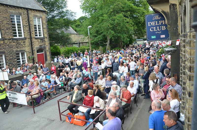 Tålmodig publik - 84 band i Delph...