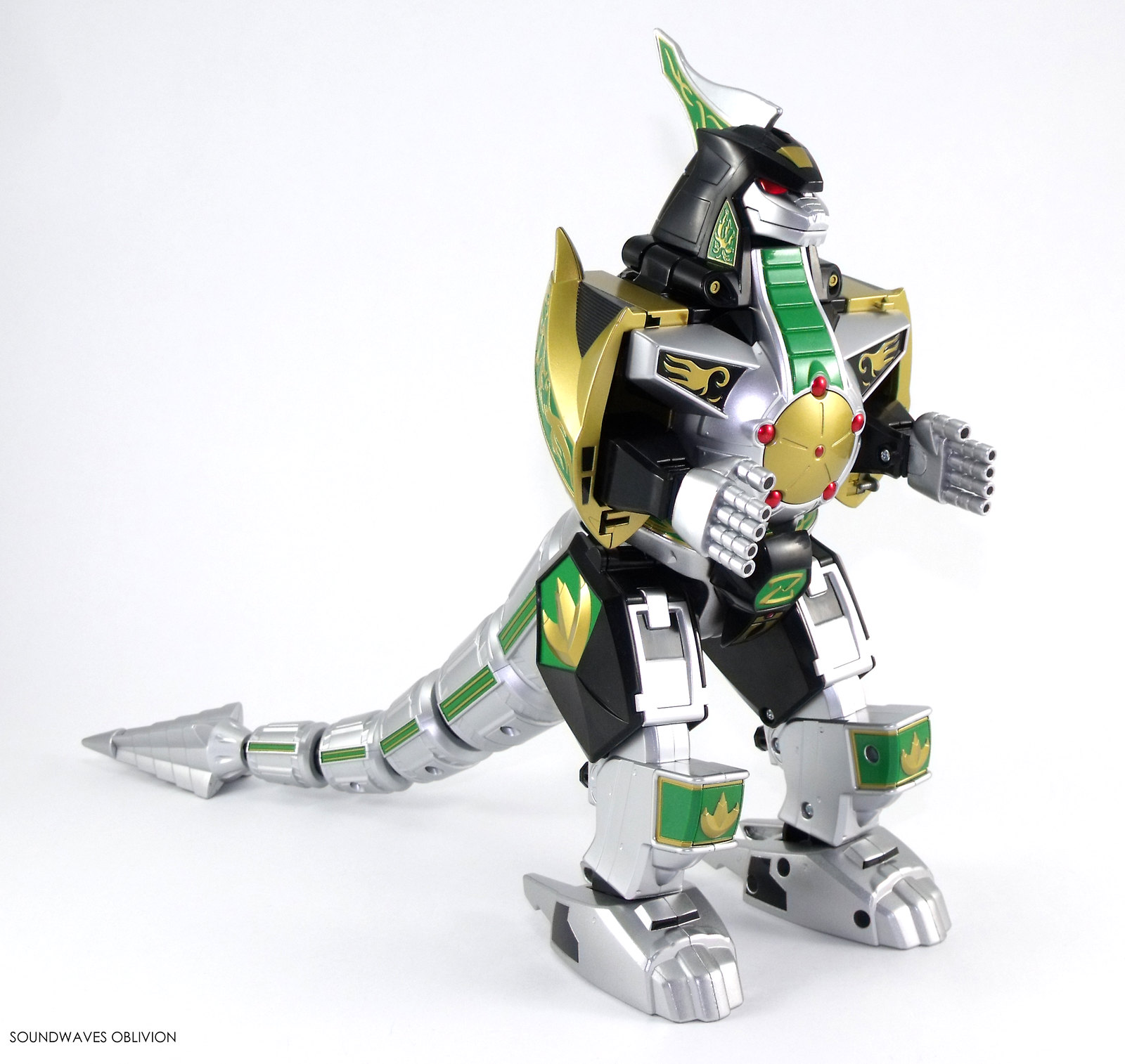 Mighty morphin power rangers titanus