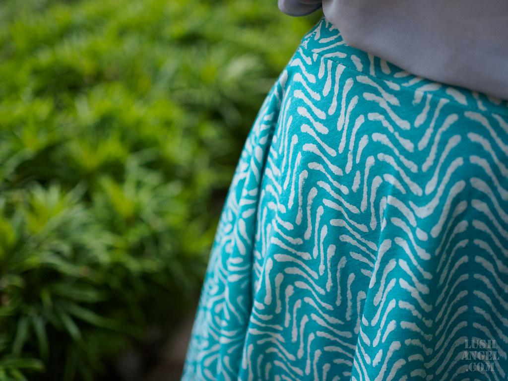 leaf-print-skirt