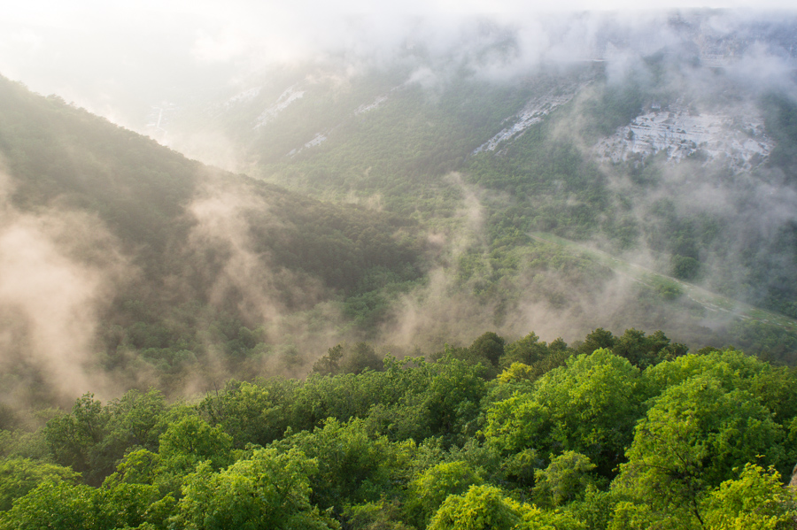 Вид с Мангупа. Мангуп-Кале, Крым © Kartzon Dream - авторские путешествия, авторские туры в Индию, тревел видео, фототуры