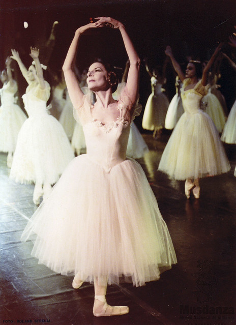 Alicia Alonso in Giselle © Roland Streuli
