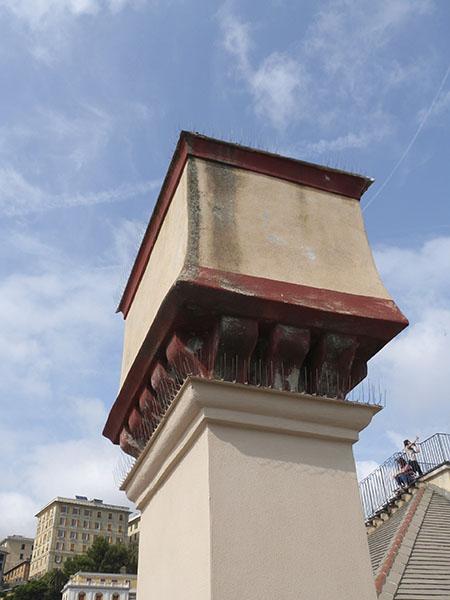 cheminée palais rouge