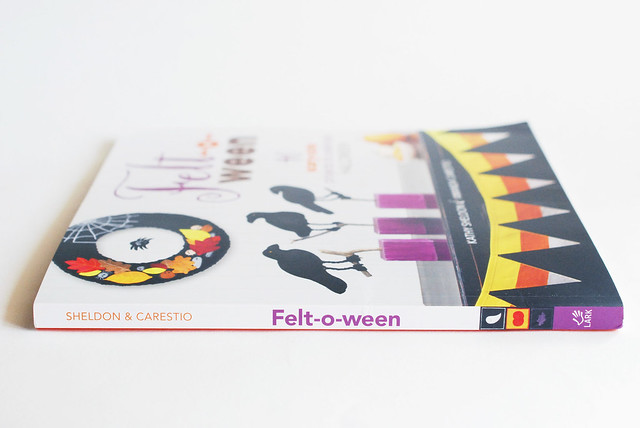 Felt-o-ween Book Review