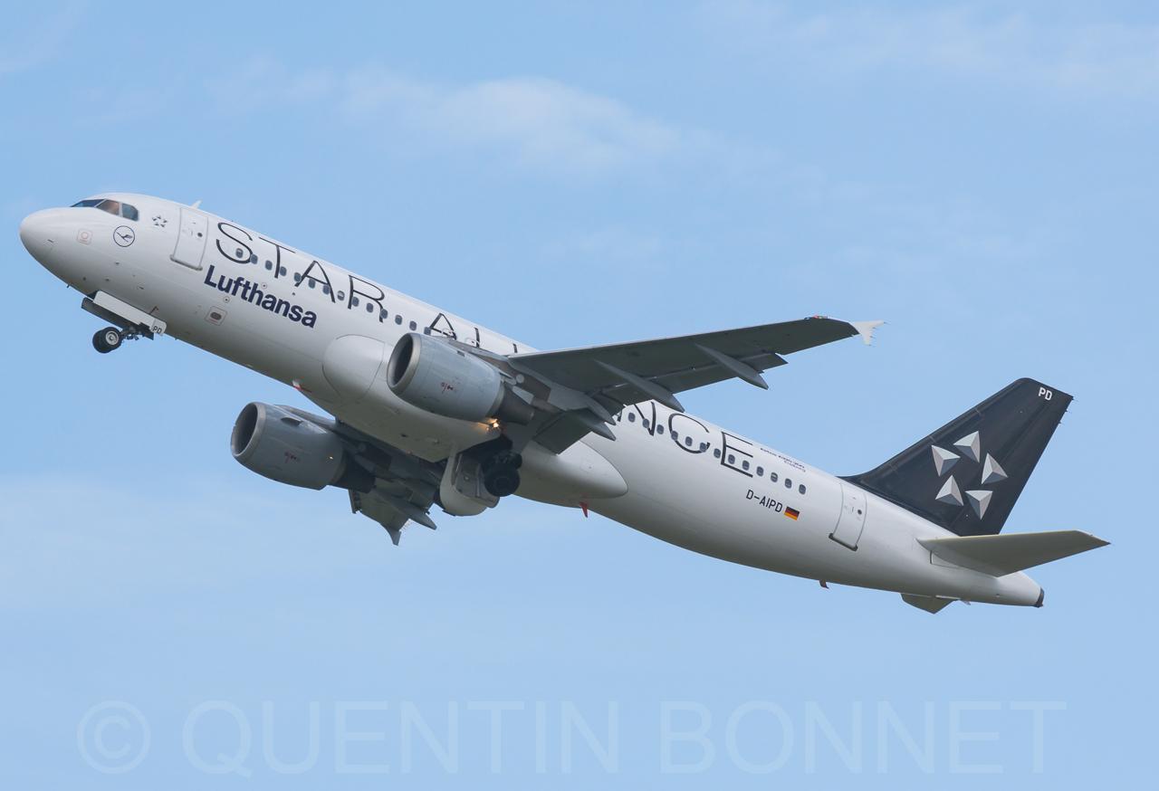 Lufthansa Airbus A320-211 D-AIPD