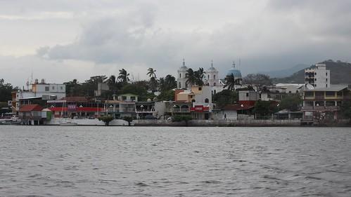 lake mexico lagoon laguna veracruz catemaco