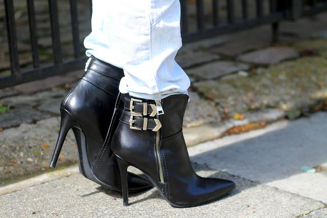 Daniel Footwear (2)