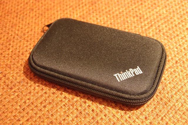 Lenovo ThinkPad ノイズ・キャンセリング・イヤホン_003