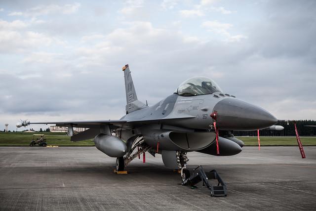 横田基地友好祭2014 F-16