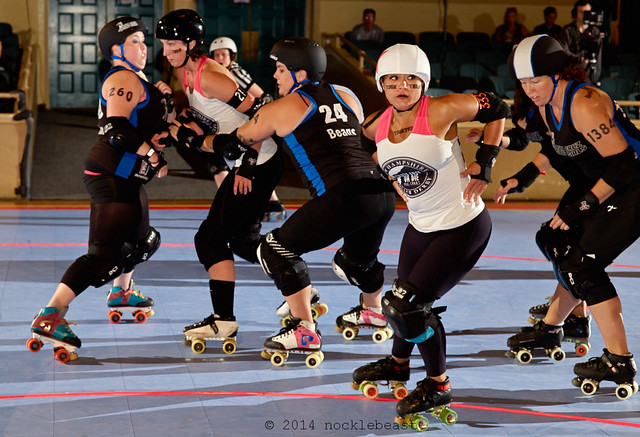 New Hampshire's Chicana calls off the jam  before Santa Cruz can score more points