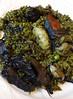 Arròs negre amb carxofes